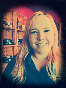 Jana, Servicemitarbeiterin